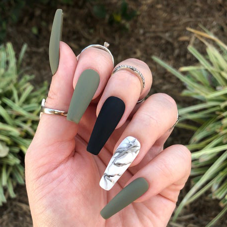 Pink Nail Lounge Boutique in Houston, Texas 77077